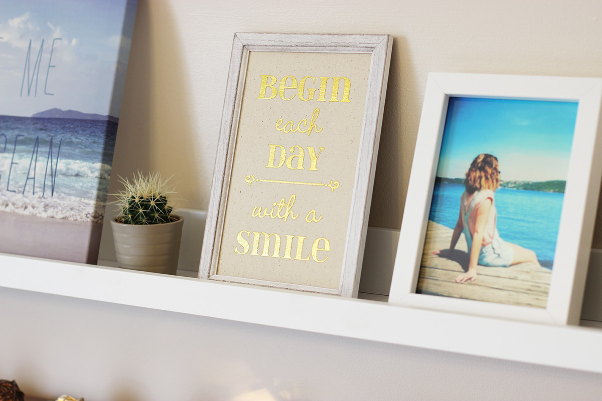 primark-begin-every-day-with-a-smile-wall-hanging,-mothers-day-gift-ideas,-buttercrane-newry.jpg