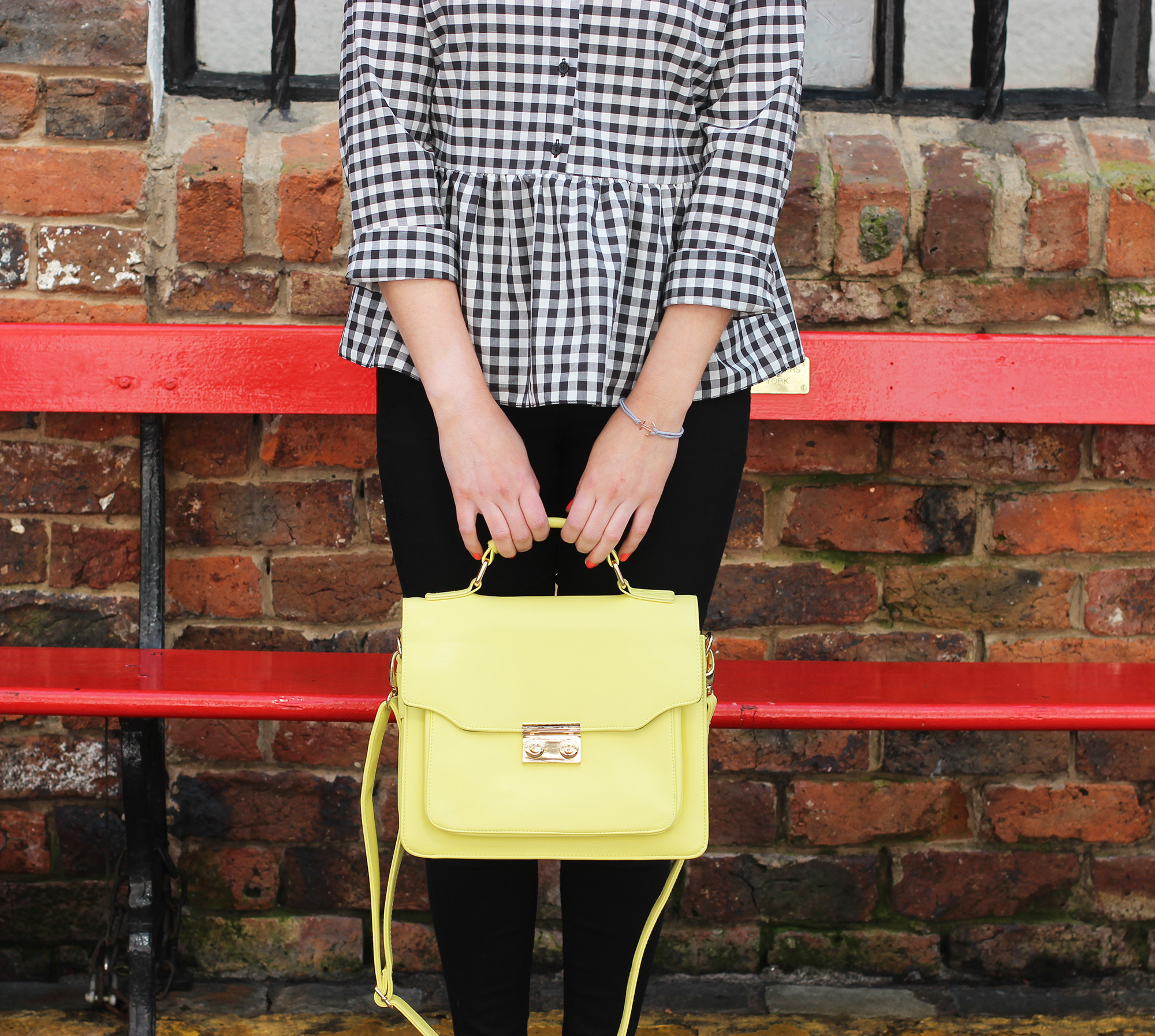 styling-gingham-and-yellow,-ni-blogger-5