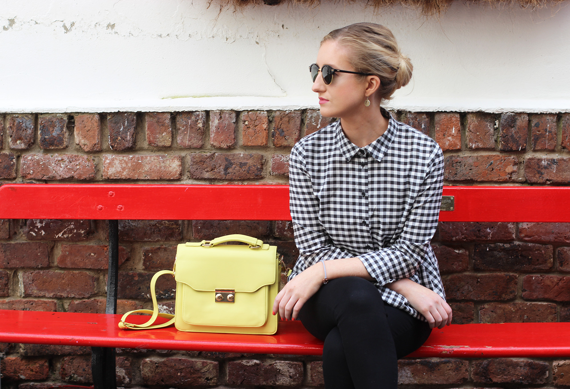 styling-gingham-and-yellow